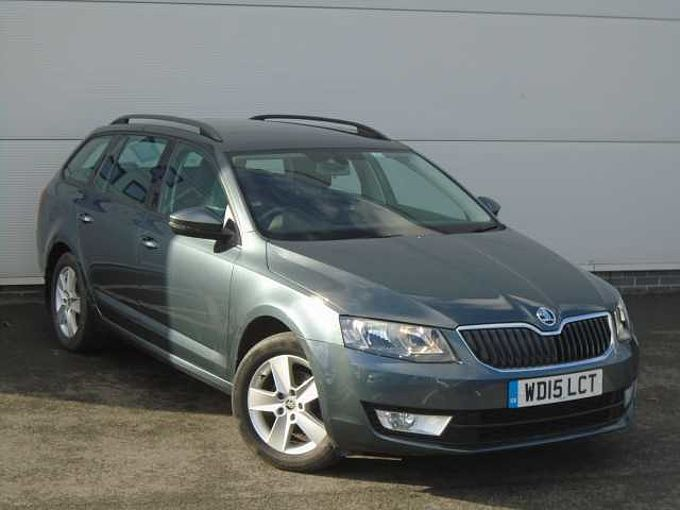 SKODA Octavia 1.6 TDI (110PS) 4X4 SE 5-Dr Estate